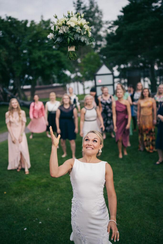Häät hääkuvaus häävalokuvaus dokumentaarinen hääkuvaus hääkuvaaja häävalokuvaaja valokuvaaja hääkuva hääpotretti Sami Siilin Helsinki Espoo Vantaa Porvoo Tampere Turku Suomi